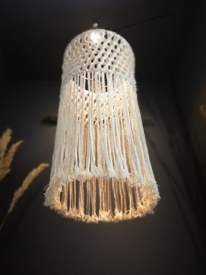 the twisted macrame lampshade